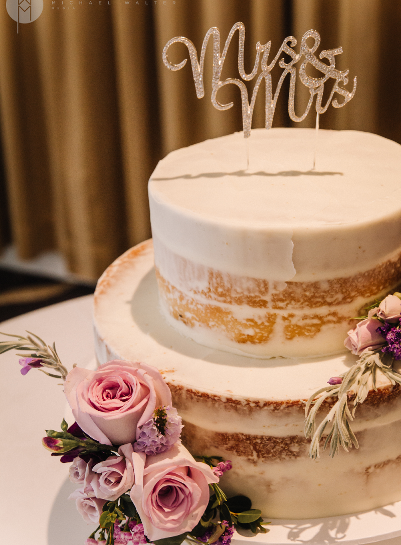 Mrs-and-Mrs-Wedding-Cake