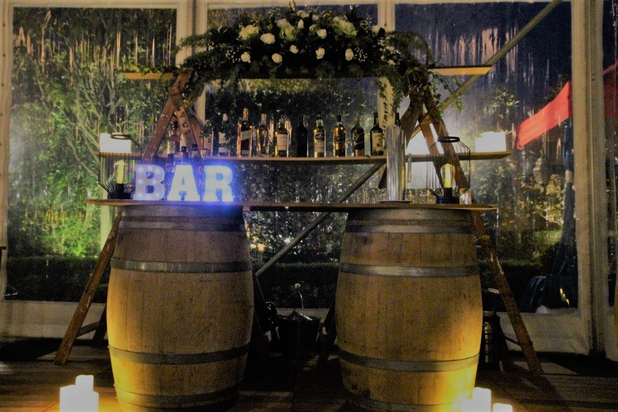 Pop-Up-Whiskey-Bar